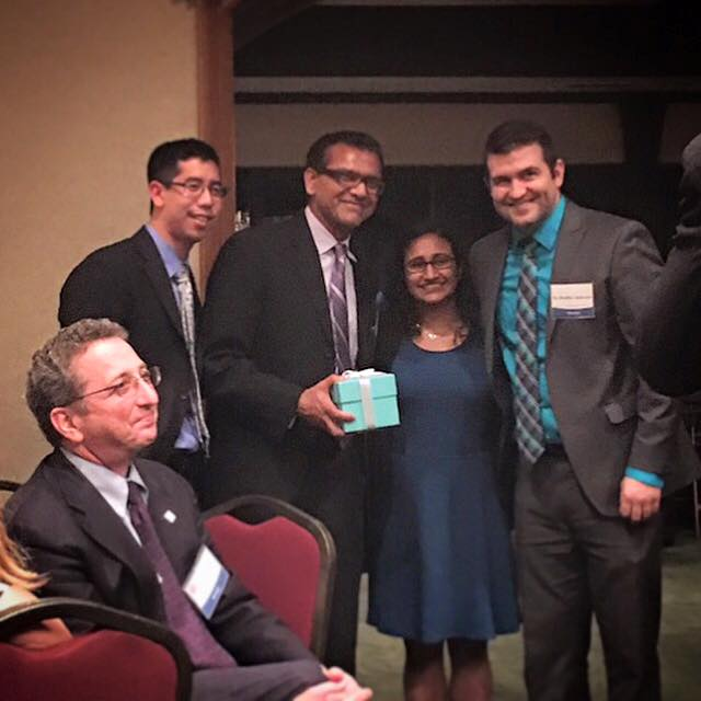 "Dr. Rao receives 'Teacher of the Year"" from Beaumont ophthalmology residents"